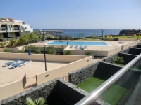 2 bed villa to rent with sea views