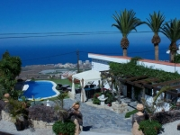Villa to rent in Adeje Tenerife