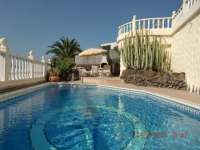 villa to rent in Chayofa